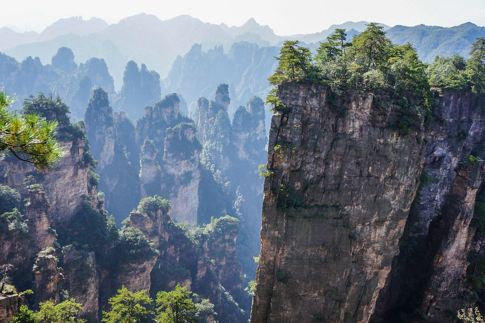A Guide to Exploring Zhangjiajie National Park's Avatar Mountains