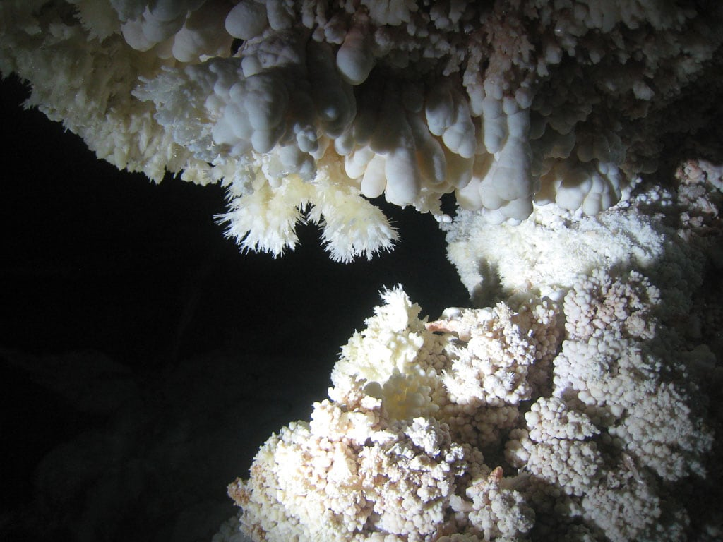 Popcorn and frostwork in Jewel Cave National Monument - Image credit NPS